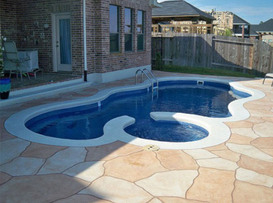 Avoid Hidden Costs When Building a Swimming Pool - Aquamarine Pools