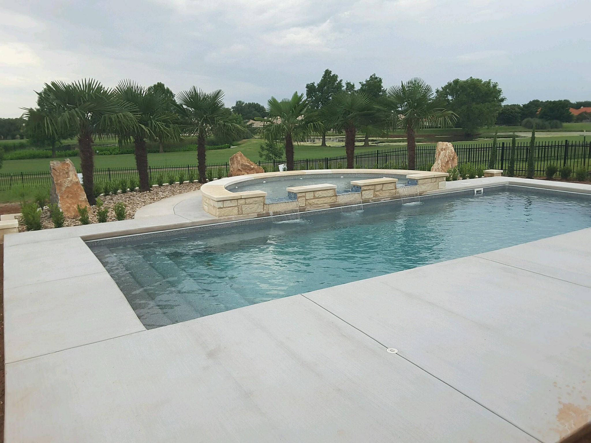 aquamarine-pools-fiberglass-pools