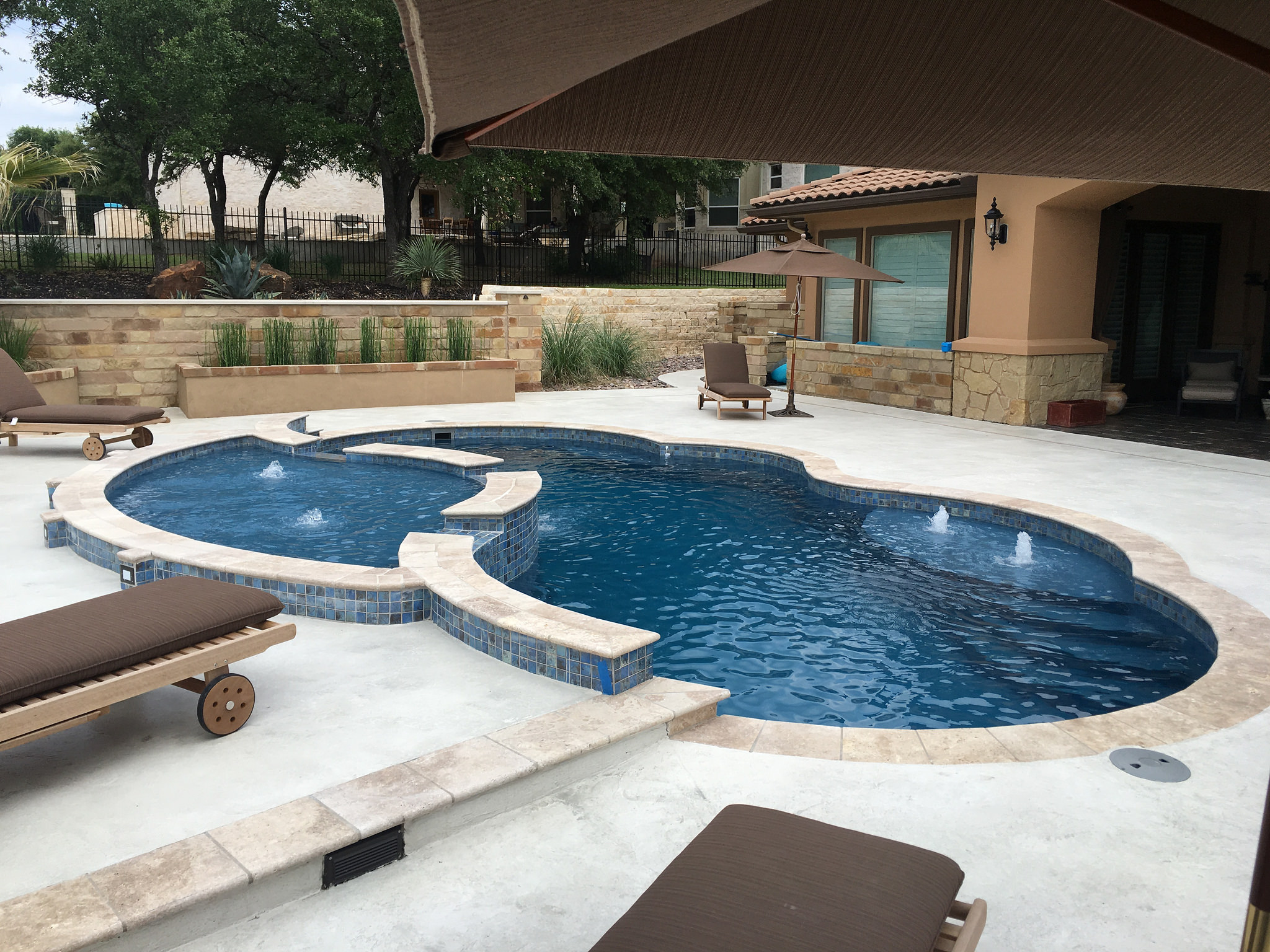 Put a New Swimming Pool at the Top of Your Memorial Day ...