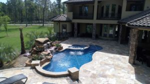 Large Swimming Pool and Spa