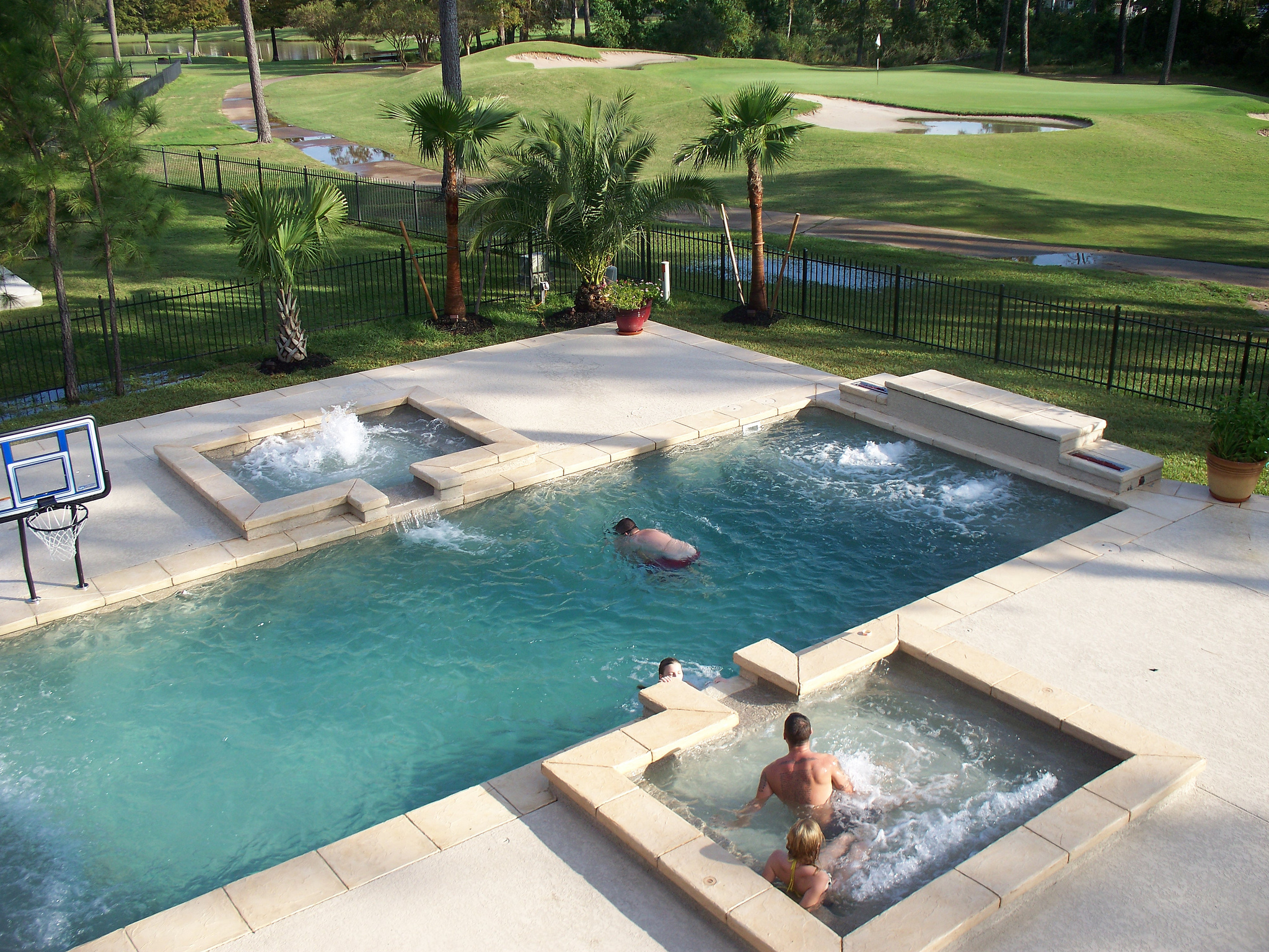 Fiberglass Pool FAQ: Fiberglass Swimming Pool Questions - Aquamarine ...