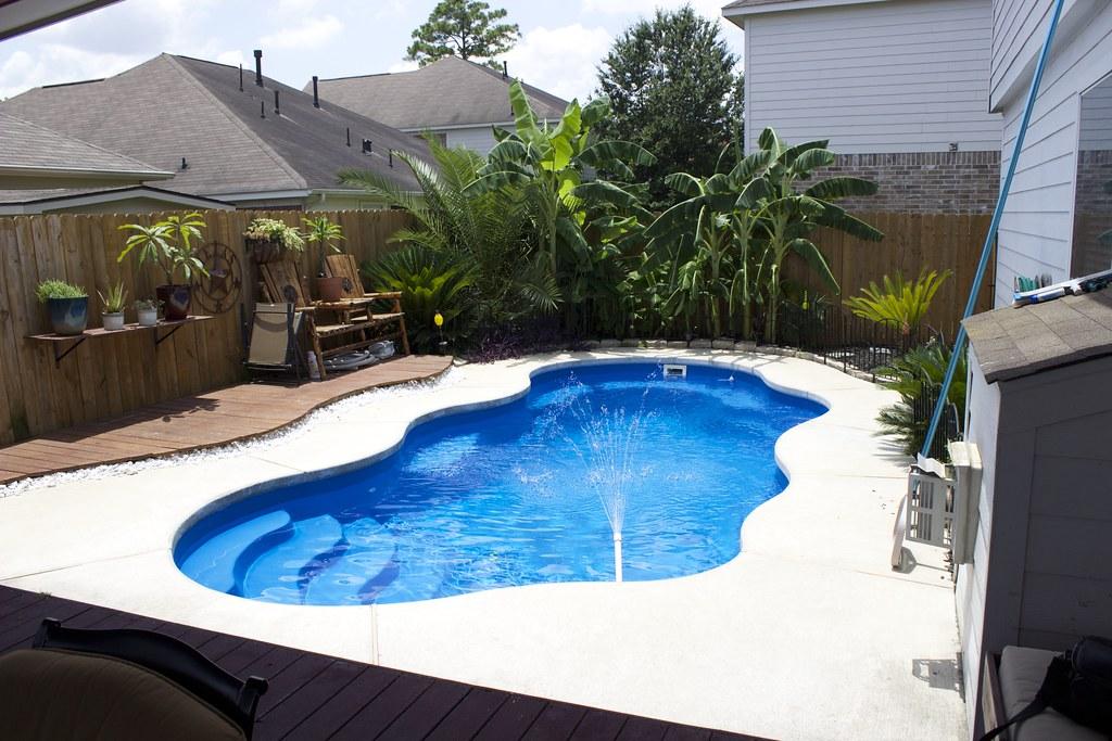 Aquamarine-Pools-Bermuda-Fiberglass-Pool