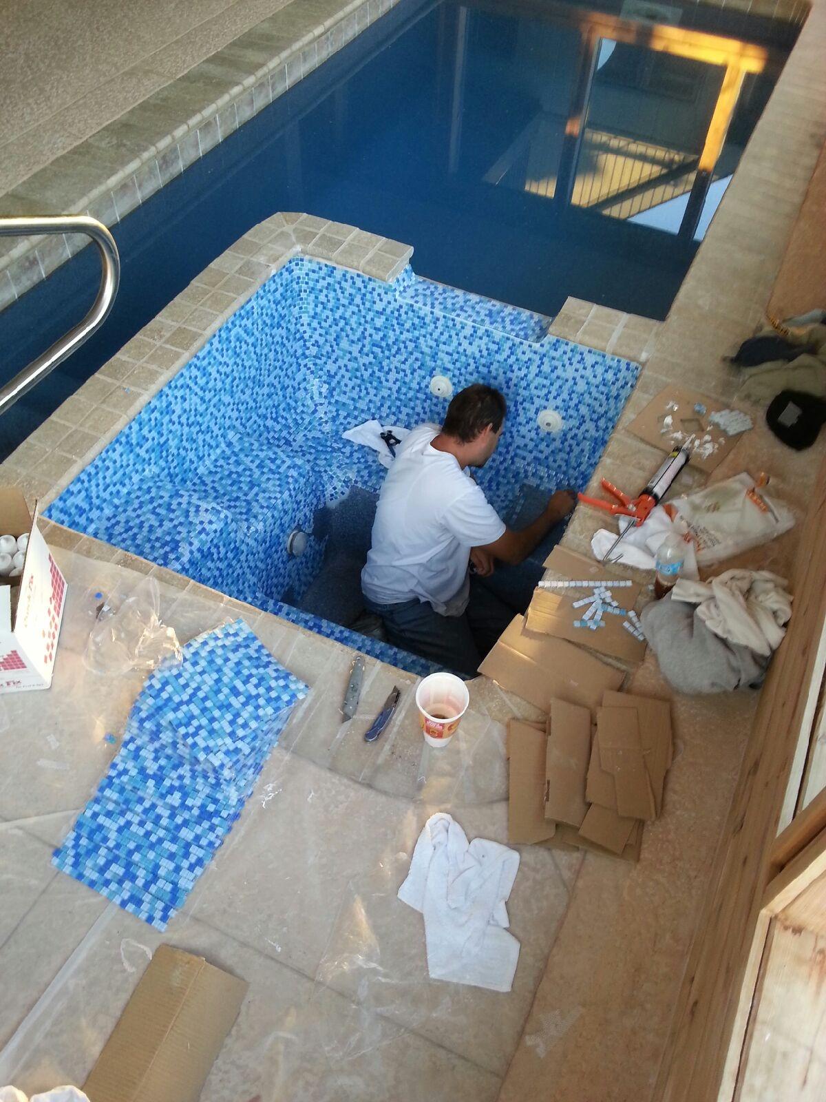 The Aqua Group Fiberglass Pools & Spas   Custom Tiles for Fiberglass ...