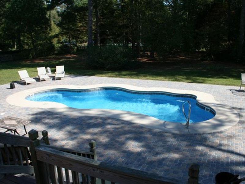 The aqua group fiberglass pools spas viking pools for Viking pools