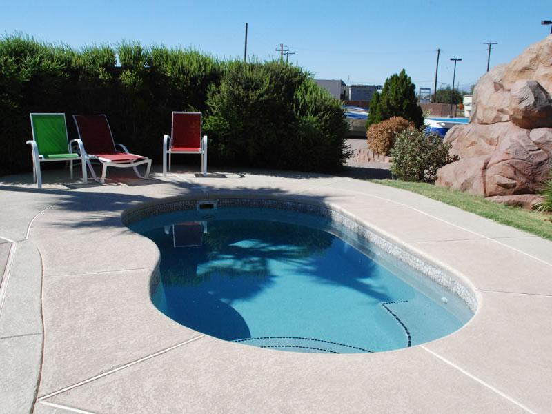 Aquamarine Pools | Viking Pools Kidney Model Swimming pool ...
