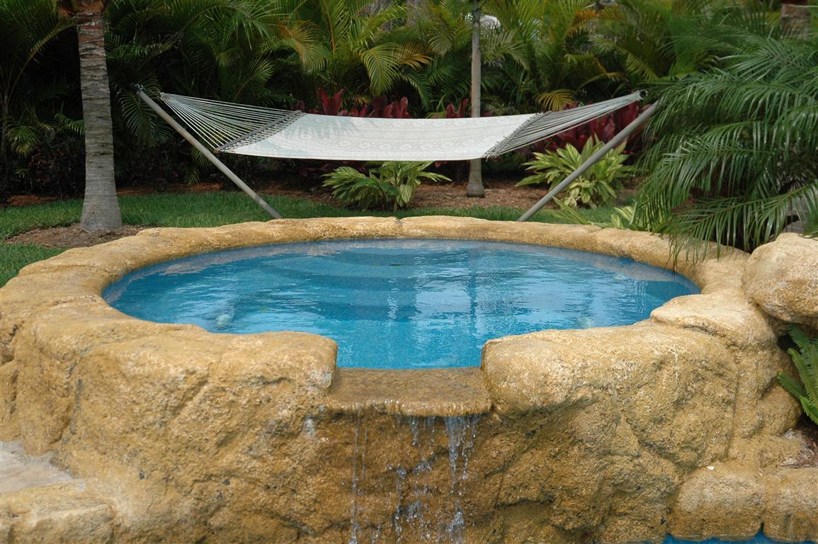 The Aqua Group Fiberglass Pools Amp Spas Viking Pools Spa