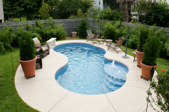 Freeform swimming pools for houston, san antonio and dallas texas