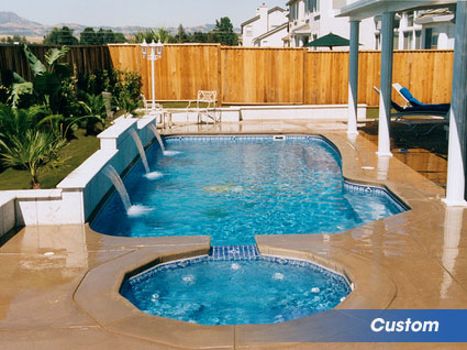 Custom swimming pools for your backyard in beaumont texas